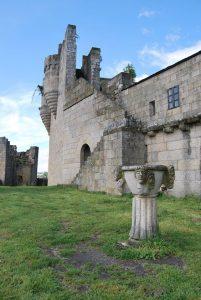 Castillo de Castro Caldelas, uno de los pueblos más bonitos de España