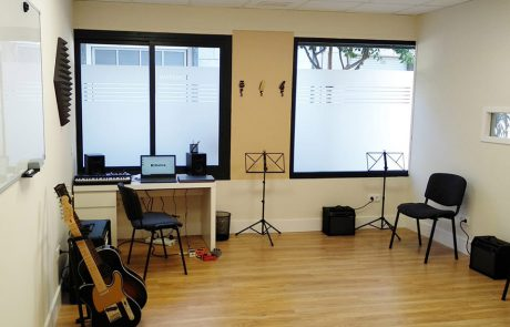 Creativa - Centro de enseñanzas artísticas